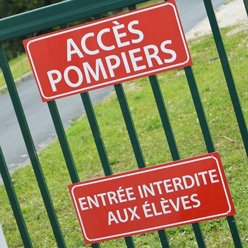 panneaux-acces-pompiers